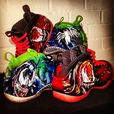 """@dezcustomz is THAT DUDE with the airbrush! Check these custom #Foamposite """"Venom vs Carnage"""" #aceofcustoms #spiderman #marvelcomics"""