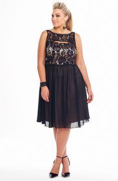 b4662a09fec Plus Size Fashion Magazine