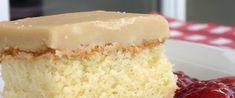 Gâteau à la Crème Sure de Savannah (glaçage au sucre à la crème) My Recipes, Cake Recipes, Dessert Recipes, Cooking Recipes, Dessert Ideas, Easy Desserts, Delicious Desserts, Yummy Food, Vitamins