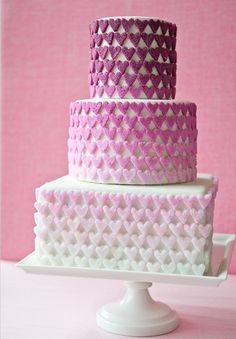 love love love wedding cake