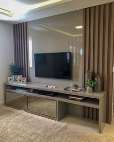 home theater planejado sala ripado - hometheaters Tv Unit Decor, Tv Wall Decor, Wall Tv, Tv Cabinet Design, Tv Wall Design, Home Living Room, Living Room Decor, Modern Tv Wall Units, Modern Wall