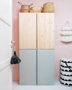 Ikea Ivar-Schrank im Kinderzimmer Ikea Ivar Cabinet, Ikea Cabinets, Small Cabinet, Ikea Pax, Ikea Stuva, Ikea Pinterest, Ikea Hack Kids, Ikea Hacks, Ivar Ikea Hack