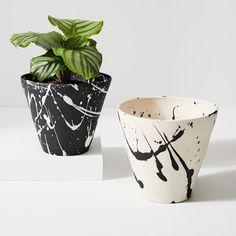 Ceramic Painting, Diy Painting, Pots D'argile, Painted Plant Pots, Large Planters, Indoor Planters, Indoor Outdoor, Decoration Plante, Glass Terrarium