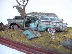 Unable to resist the challenge of extreme weathering? Karl Logan reveals his secret for achieving that old, rusted-out, blown-up look. It's hairspray! Find out how to use hairspray with acrylic paints for stunning results on your next model. Scale Model Ships, N Scale Model Trains, Scale Models, Weather Models, Model Cars Building, Miniature Cars, Custom Hot Wheels, Plastic Model Cars, Modeling Photography