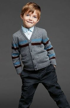 Looking for hair inspiration for little gents? These cute boys' haircuts are sure to provide you with all the style ideas you need. Fashion Kids, Toddler Boy Fashion, Little Boy Fashion, Fashion Clothes, Cute Little Boy Haircuts, Cute Little Boys, Gentleman Stil, Dolce And Gabbana Kids, Stylish Boys
