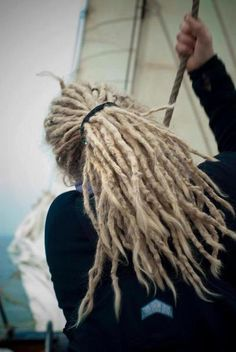 Sometimes I wish I had the guts to dread my hair.