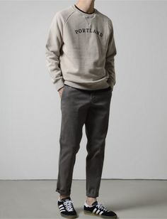 How To Build A Minimalist Wardrobe For Men Mode Outfits, Casual Outfits, Stylish Men, Men Casual, Look Fashion, Mens Fashion, Streetwear, Outfits Hombre, Minimalist Wardrobe