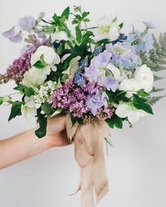 Lilac sweet peas + lavender