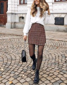 Winter Outfits to Shop Now Vol. 5 / 57 - Fashion Week Winter Outfits to Shop Now Vol. 5 / 57 Winter Outfits to Shop Now Vol. 5 / 57 - Fashion Week Winter Outfits to Shop Now Vol. Winter Outfits For Teen Girls, Winter Outfits 2019, Cute Winter Outfits, Winter Dresses, Teen Outfits, Long Dresses, Simple Dresses, Beautiful Dresses, Autumn Outfits