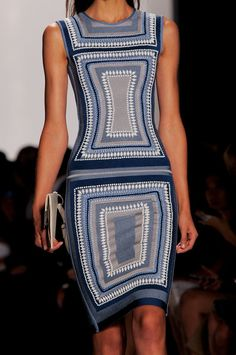 Hervé Léger by Max Azria Spring 2014 | What a great dress!