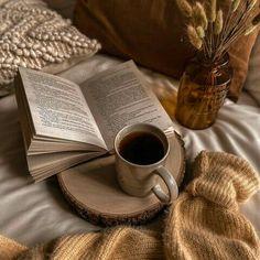 Book Journal, Journals, Bookmarks, Magazines, Tableware, Books, Dinnerware, Libros, Marque Page