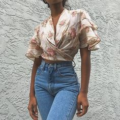 a0023c4526 Vintage cropped roses and stripes wrap blouse by Judy a - Depop