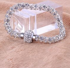 Bracelete Com Detalhes Em Cristais Swarovski