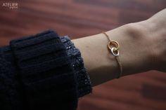 ATELIER Gaby Marcos - Interlocking Circles Delicate Bracelet