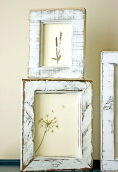 I love pressed flower crafts, ranging from wall art to jewelry – so I had to share these with you. You can alter some fancy frames, or use frames that you already have.