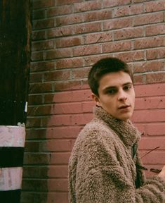 Tyler Carter, I Fall In Love, Falling In Love, Corey Fogelmanis, Putting Up With Me, Girl Meets World, Best Friends, Dads, Men Sweater