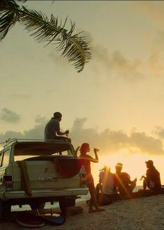 Feel-good: Summer | beer | friends | sunset | beach.
