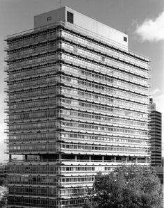 "Administration of the company ""Hoch-Tief AG"" (1966-68 & 1972-74) in Frankfurt/Main, Germany, by Egon Eiermann"