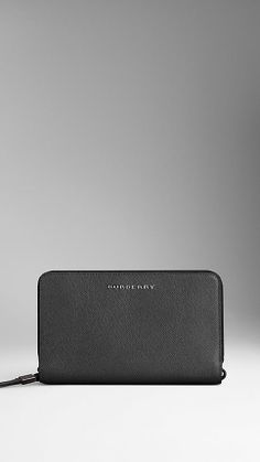 London Leather Travel Wallet   Burberry