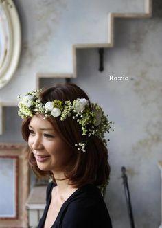 Ro:zic die floristin : 2011.7.11 実がいっぱいの白い花冠とリストレットと 花嫁さま