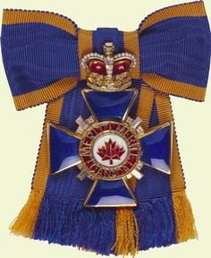 Canada - Order of Military Merit, Sovereign's Badge