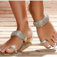 cute sandals!!(: