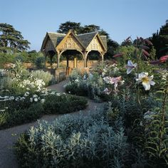 Hampton Court Castle & Gardens - Herefordshire