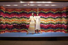 artists, visual merchandis, cloth, color paper, window displays, delight display, backgrounds, missoni window, focal point