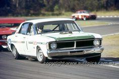 Australian Sports Sedans Page Aussie Holden Racing