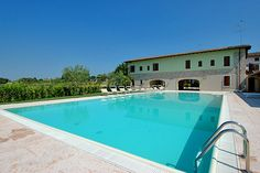 Agriturismo Dalla Bertilla - Pozzolengo ... Garda Lake, Lago di Garda, Gardasee, Lake Garda, Lac de Garde, Gardameer, Gardasøen, Jezioro Garda, Gardské Jezero, אגם גארדה, Озеро Гарда ... Welcome to Farm Holiday Dalla Bertilla Pozzolengo. The Agriturismo Dalla Bertilla is found inside the farm village owned by the Loda family, producers of meats, salame and cold meats and wines for 3 generations. All the 12 rooms, 2 to 4 beds; in rustically renovated stable