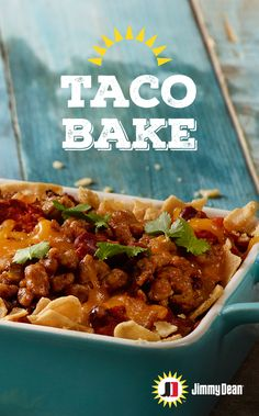 Spice up your dinner, spice up your life! This rich Taco Bake recipe made with Jimmy Dean Premium Pork Sausage, tomatoes, tortilla chips and kidney beans will have you reaching for more. Pro tip: Restaurant-style tortilla chips maintain their texture bett Mexican Food Recipes, Beef Recipes, Chicken Recipes, Cooking Recipes, Healthy Recipes, Sausage Recipes, Mexican Dishes, Recipies, Pizza Recipes