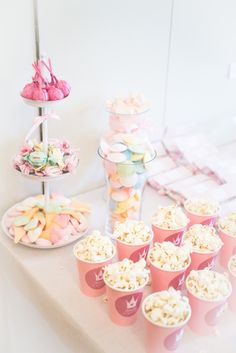 Baby Birthday, Birthday Parties, Girl Baby Shower Decorations, Festa Party, Fika, Pink Parties, Snack, Holiday Parties, Birthdays