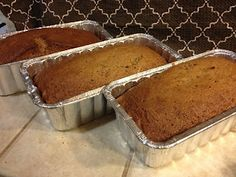 Zucchini bread made with Apple Sauce- No Oil! - The Blonde Can Cook