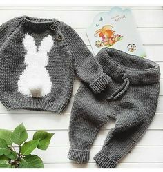 """Best 11 Turtle Neck Sweater """"Red heart"""" – Made to order – Family look – Kids Sweater – Kids fashion – Kids Knitwear – SkillOfKing. Baby Boy Knitting Patterns, Baby Sweater Patterns, Knitting For Kids, Baby Patterns, Knit Baby Dress, Knitted Baby Clothes, Diy Crafts Knitting, Knitting Projects, Pull Bebe"""