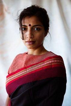 Diksha Basu, 32, writer and occasional actor #saree #desichic