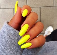 Beautyful nails.Try them.