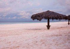 Bahama-szigetek, Harbour Island, rozsaszin-tengerpart