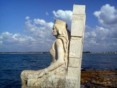 The statue of Zenobia, the queen of Palmira, Port of Latakia / Syria. Luxor, Mongolia, Syria Before And After, Naher Osten, Himalaya, Cradle Of Civilization, Archaeological Discoveries, Der Bus, The Secret History
