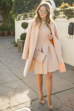 Monochromatic Neutrals - Michael Kors coat, Chicwish dress, Louboutin pumps, Saint Laurent clutch, Dolce and Gabbana sunglasses. Nude Outfits, Casual Work Outfits, Spring Outfits, Coatdress, Moda Chic, Neutral Outfit, Beige Outfit, Gal Meets Glam, Inspiration Mode
