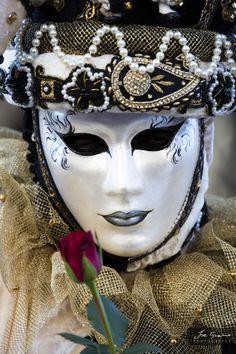 Venice Carnival  ~ Ʀεƥɪאאεð вƴ ╭•⊰✿ © Ʀσxʌאʌ Ƭʌאʌ ✿⊱•╮