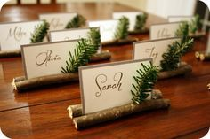 christmas place cards... cute and cheap to make. hot glue, sticks, pine.