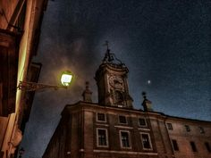 Quasi notte in piazza dell'Orologio, by @999nuvola https://twitter.com/999nuvola/status/565937536284250112