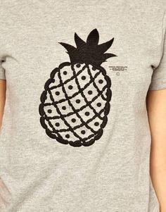 :pineapple print