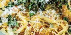 Roasted Spaghetti Squash with Kale and Parm Recipes Vegan Keto Recipes, Kale Recipes, Entree Recipes, Easy Healthy Recipes, Easy Meals, Paleo Diet, Healthy Meals, Recipies, Spaghetti Squash And Kale Recipe