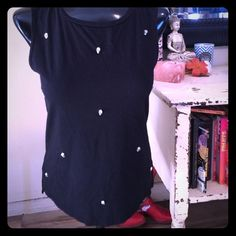Skull studded muscle tank Super cute top! Small slits on side of tank, size small , heavy metal skull studs on front of shirt PacSun Tops Muscle Tees