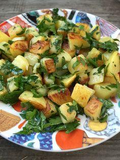 Ty nejlepší opékané brambory Potato Recipes, Cobb Salad, Potato Salad, Food And Drink, Veggies, Potatoes, Ethnic Recipes, Recipes