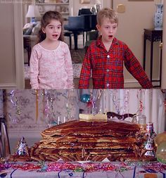 :o - Uncle Buck. My dad would make me uncle buck pancakes! Birthday Breakfast, Birthday Brunch, Birthday Pancakes, Happy Birthday, Movies Showing, Movies And Tv Shows, Macaulay Culkin, Actor John, Morning Humor