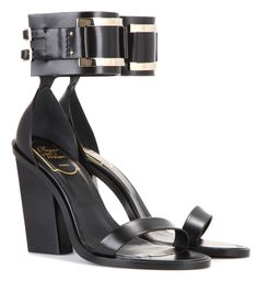 ROGER VIVIER Leather Sandals. #rogervivier #shoes #sandals