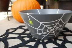 Painted Halloween Trick or Treat Bowl created with Martha Stewart glass paints. #crafts #marthastewart #halloween