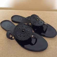 black jack rogers all black • georgica jelly jack rogers sandals • size 8 • near perfect condition • only worn a few times • [willing to trade for different Jack Rogers] Jack Rogers Shoes Sandals